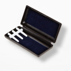 Oboe reed case, plastic, Fox, holds 3 (peg-style)