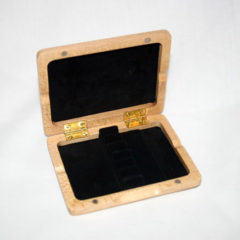 Oboe reed case, wood, holds 6 (ribbon-style)
